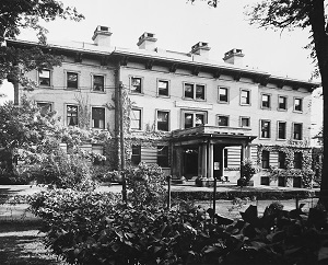 Old Thompson Hospital Photo